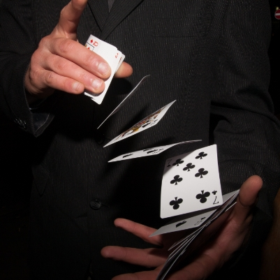 We chat wedding entertainment with Yorkshire wedding magician Wee Magic Al