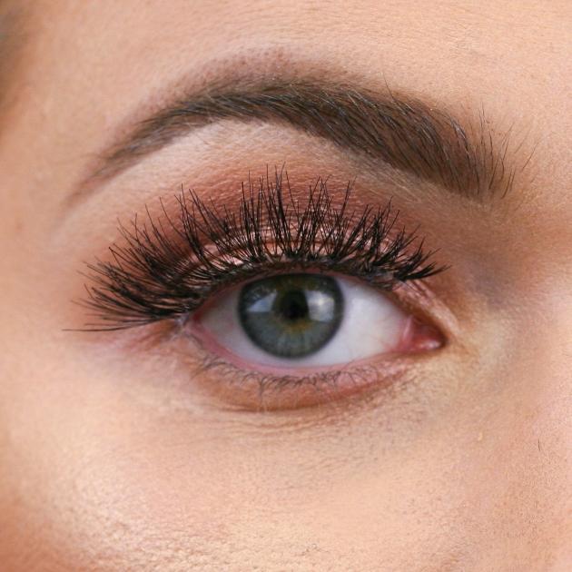 Final false eyelash look